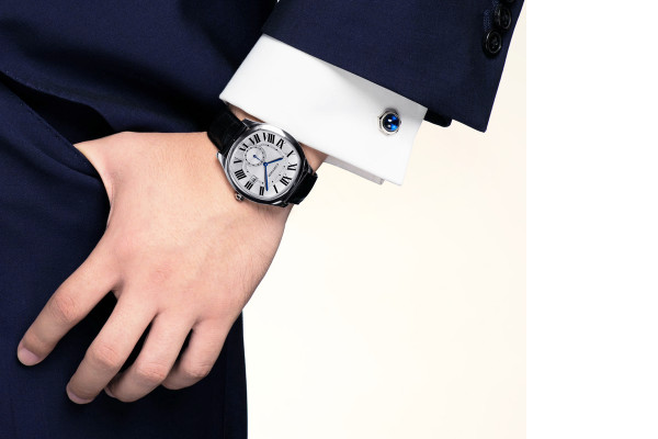 北京卡地亚手表售后服务中心里面的卡地亚手表进水处理方法